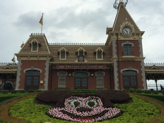 Sleeping Beauty S Castle Picture Of Hong Kong Disneyland Hong Kong Tripadvisor