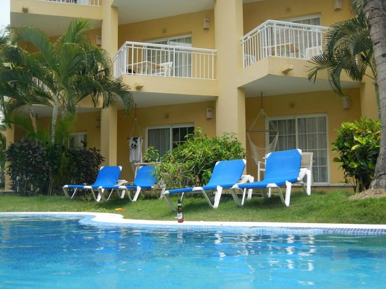 Dreams Punta Cana Swim Out Room