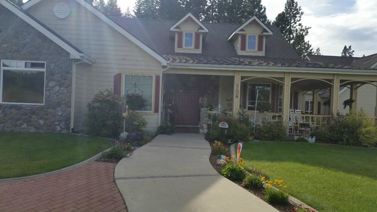 American Country Bed And Breakfast Coeur D Alene Idaho