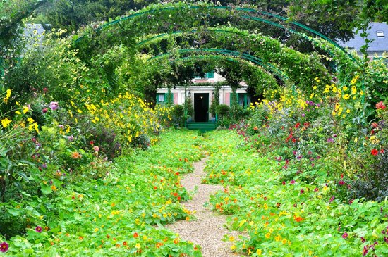 Monet 39 S Gardens Giverny France Picture Of Claude Monet