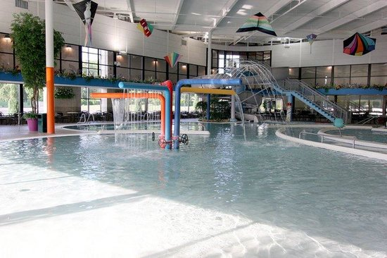 Indoor Pool Picture Of Sterling Inn Sterling Heights Tripadvisor
