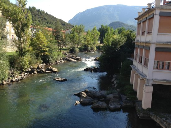Beautiful scenery picture of quillan aude tripadvisor for Hotels quillan