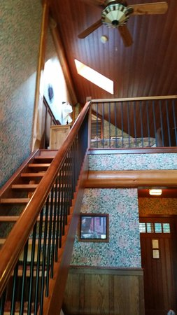 Photo of Cougar'S Crag Extreme Bed And Breakfast Victoria