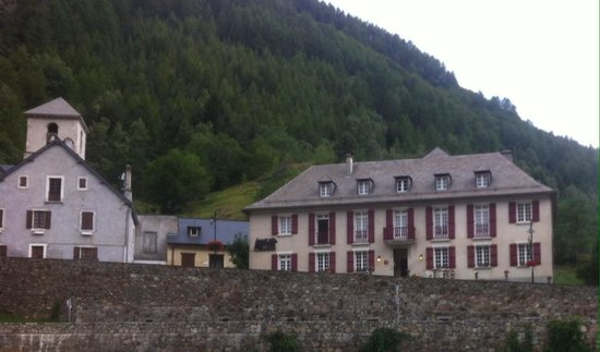 Photo of Compostelle Hotel Gavarnie