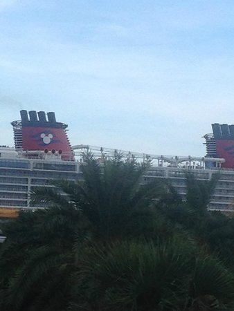 Disney Cruise Ship  Picture Of Holiday Inn Club Vacations Cape Canaveral Bea