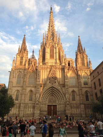 barcelona cathedral opposite the hotel picture of colon. Black Bedroom Furniture Sets. Home Design Ideas