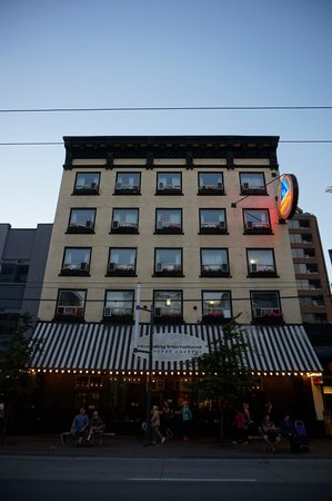 Hostelling International Vancouver Central: L'auberge
