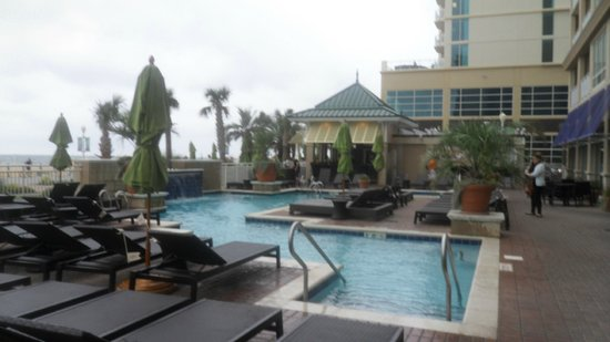 this is the outdoor pool by the tiki bar picture of. Black Bedroom Furniture Sets. Home Design Ideas