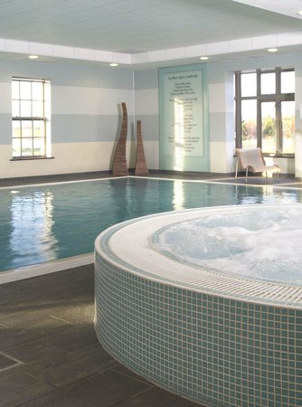Indoor Swimming Pool Picture Of The Cambridge Belfry Spa Cambridge Tripadvisor