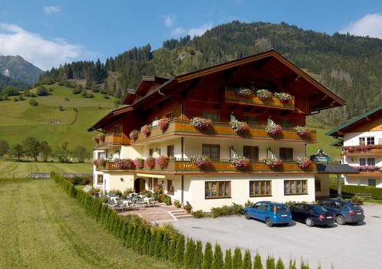 Photo of Hotel Viehhauser Grossarl