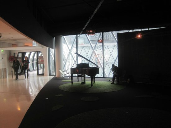 piano at skywalk entrance beaugrenelle paris august 2014 picture of beaugrenelle paris. Black Bedroom Furniture Sets. Home Design Ideas