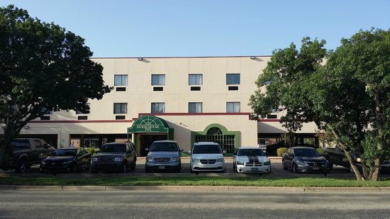 Guesthouse Inn & Extended Stay Suites
