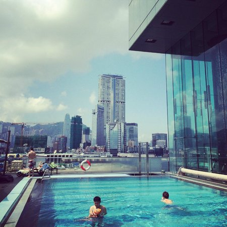 Hotel ICON: Pool with a view....