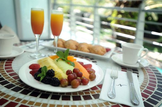 Breakfast on the terrace picture of national hotel miami for The terrace brunch