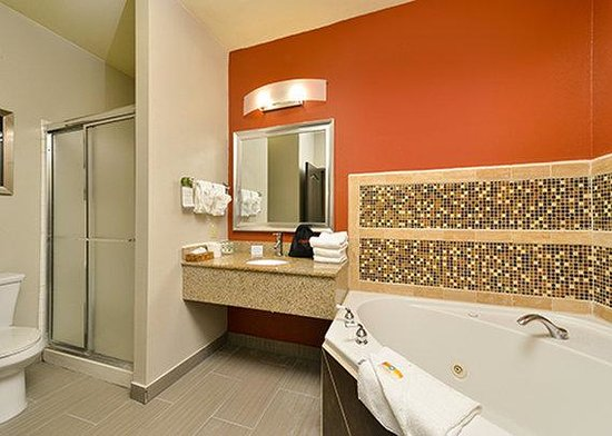 Carthage Romantic Hotels, Check Out Carthage Romantic ...
