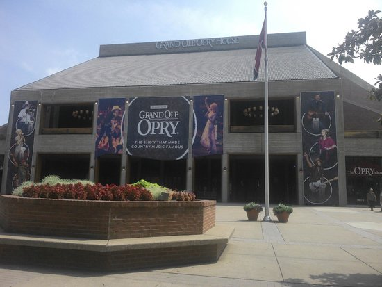 GuestHouse Inn & Suites Nashville/Music Valley: The Grand Ole Opry, Nashville