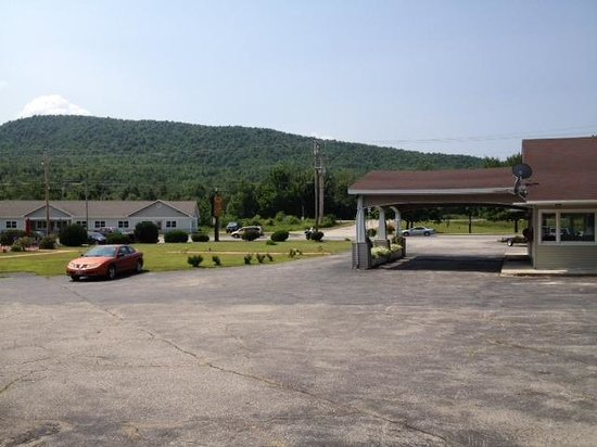 Gorham Motor Inn: view from our room