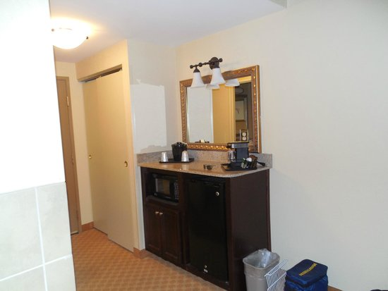 Country Inn & Suites By Carlson, Princeton: When you walk In