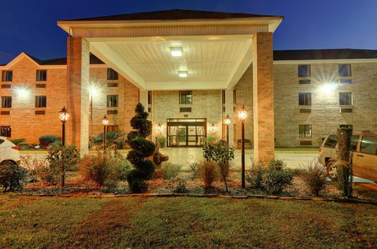 Regency Inn & Suites