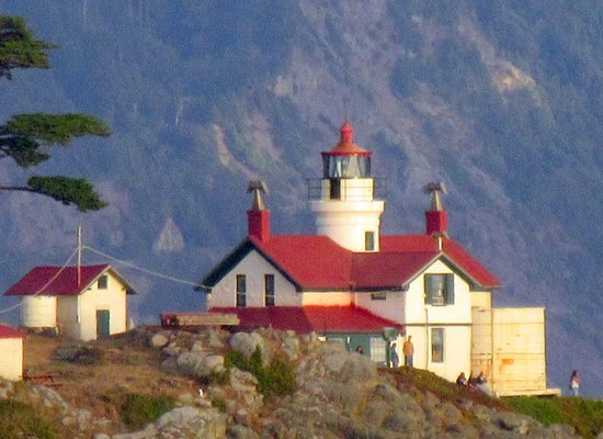 battery point lighthouse crescent city sunset picture. Black Bedroom Furniture Sets. Home Design Ideas
