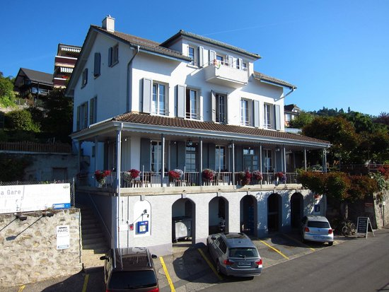 Grandvaux Switzerland  city photos : Grandvaux, Switzerland: Auberge de la Gare from the front