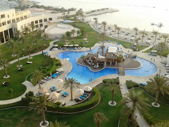 Zallaq Bahrain  City new picture : Sofitel Bahrain Zallaq Thalassa Sea & Spa: Pool and beach from the 7th ...