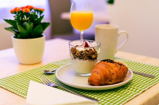 Remember breakfast is an important meal for the day so never skip breakfast even on busy weekday mornings as you can