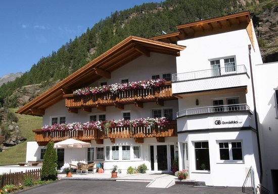 Photo of Hotel Gondelblick Solden