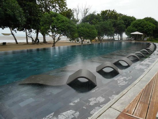 Eternity pool picture of astoria palawan puerto - Hotel in puerto princesa with swimming pool ...