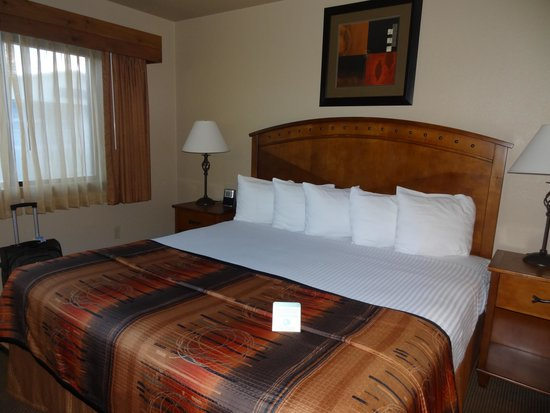Comfortable Bed Picture Of Best Western Sunset Motor Inn