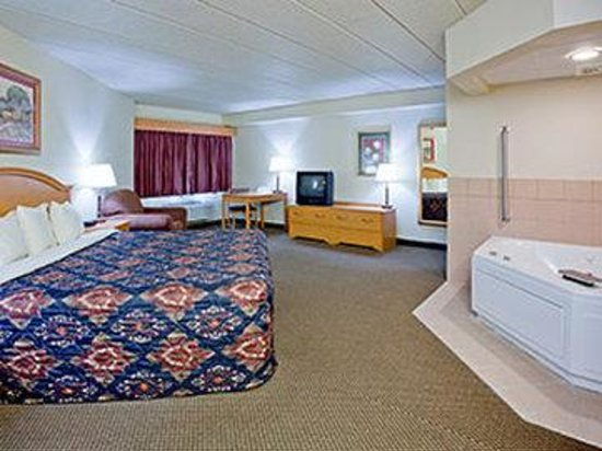 AmericInn Lodge & Suites Weston