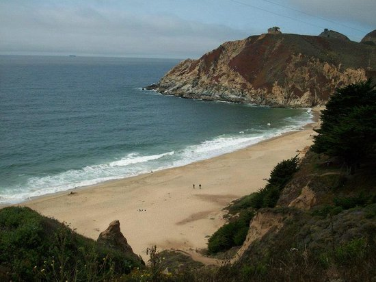 Beautiful beaches along the ca coast for Pretty beaches in california