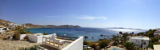 Apollonia Hotel & Resort: The bay from the hotel