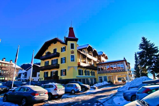 Photo of Hotel Cristallo Toblach
