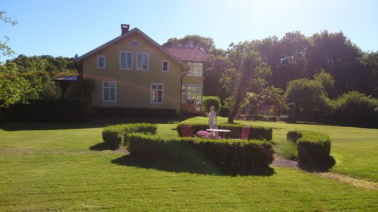 Ljung House Bed and Breakfast