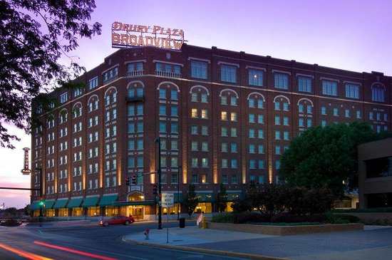 ‪Drury Plaza Hotel Broadview - Wichita‬