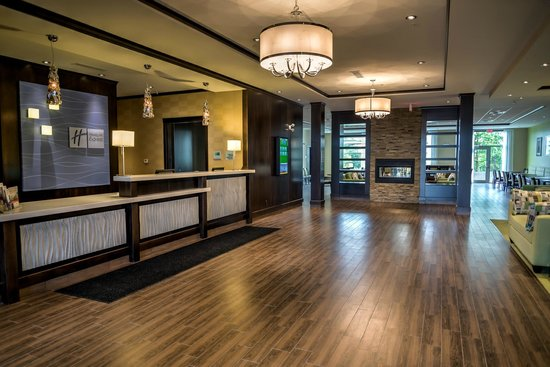 Holiday Inn Express Hotel & Suites Spruce Grove