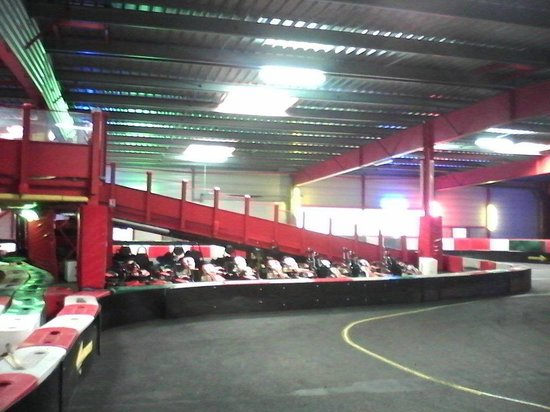 les voitures du karting photo de speedpark henin beaumont beaumont pied de boeuf tripadvisor. Black Bedroom Furniture Sets. Home Design Ideas
