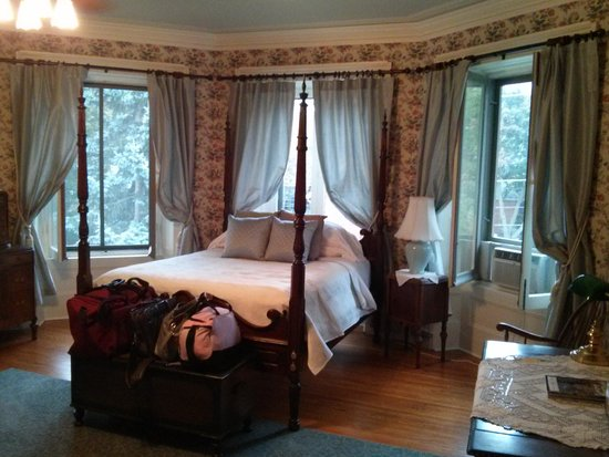 Rosemount Master Bedroom Picture Of Rosemount B B Inn Kingston Tripadvisor