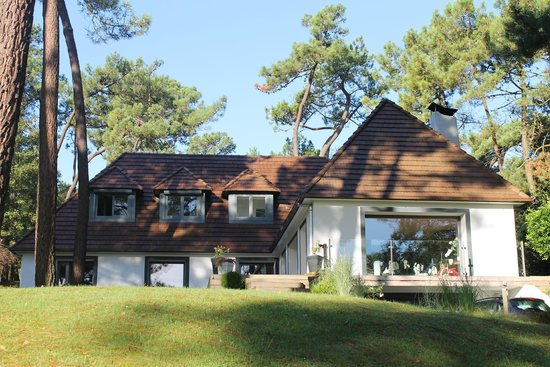 La villa picture of la dolce villa le touquet paris for Salon hpa touquet