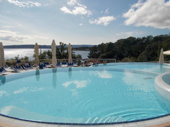 Krk bilder krk krk island reisefotos tripadvisor for Club piscine west island
