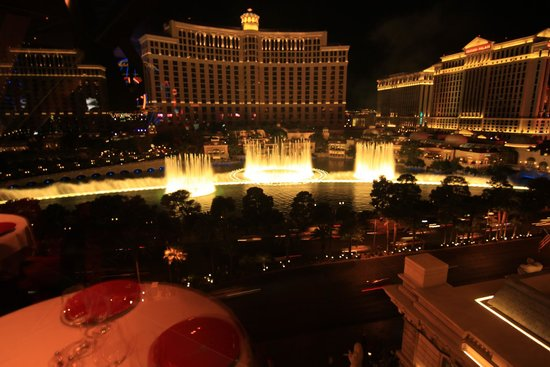 This Views Picture Of Eiffel Tower Restaurant At Paris Las Vegas Las Ve