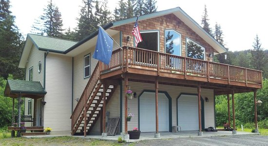 Glacier Creek Lodging