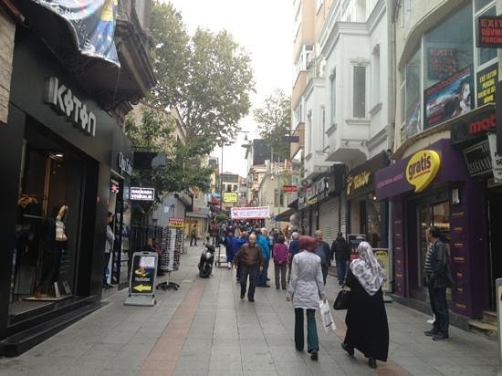 Going to the Market Place in Kadıköy - Picture of Kadikoy ...