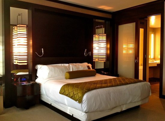sch ne einrichtung picture of vdara hotel spa las. Black Bedroom Furniture Sets. Home Design Ideas