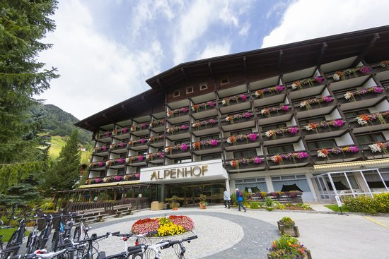 Photo of Hotel Alpenhof Sankt Jakob in Defereggen
