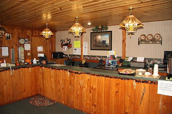 Country House Motel