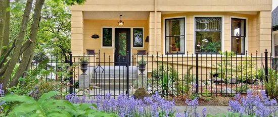 Photo of 11th Avenue Inn Bed and Breakfast Seattle