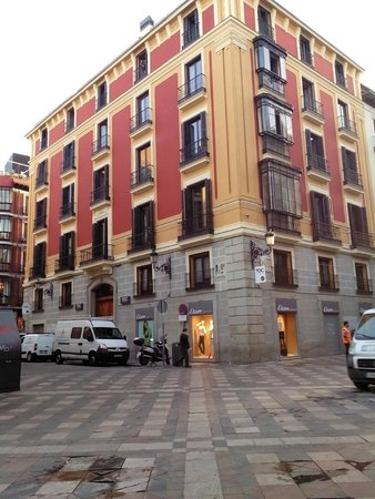 Toc hostel madrid for Hoteles bonitos madrid