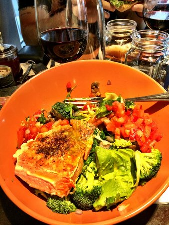 Paleo Bowl With Salmon Picture Of Great Full Gardens Cafe And Eatery Reno Tripadvisor